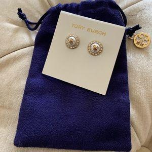 ‼️NWT ‼️Tory Burch Pearl Stud Earrings